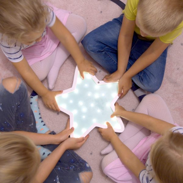 kids with starfish night light